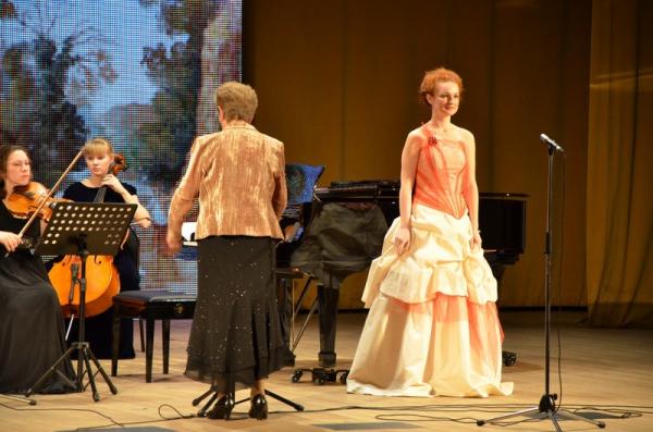 Камерный оркестр Колледжа искусств.рук.Петрова Валентина Афанасьевна