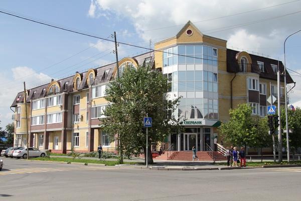 Еще один ялуторовский дом-претендент на попадание в ,,черный список,, расположен по адресу ул. Свободы, 59_новый размер