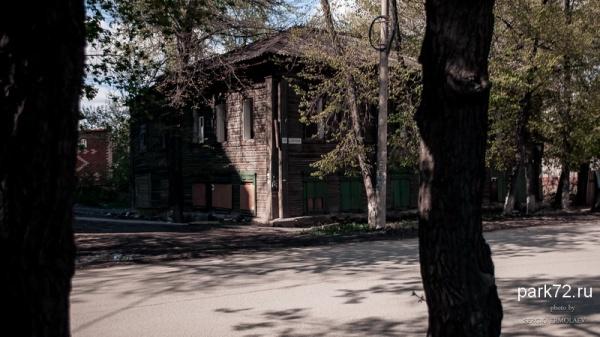 Сургутская 19. Май 2015-3