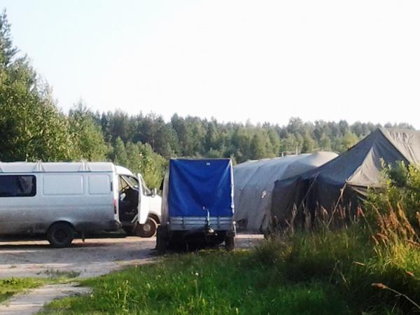 палатки 2