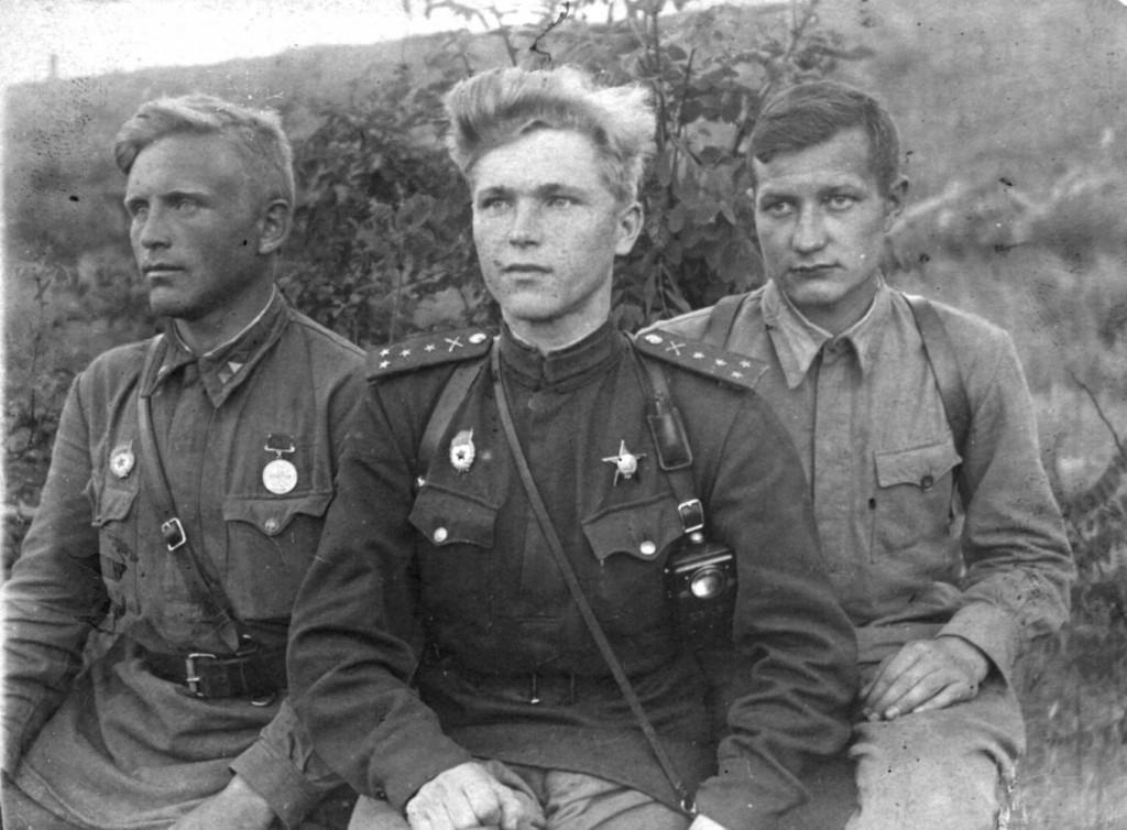 Хоть черта лысого, лишь бы не советское (или «Мазепинка ...: http://park72.ru/first-ukrainian-front/75139/