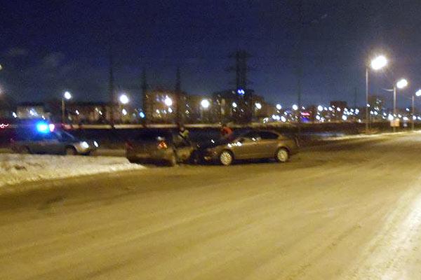 На пересечении улиц Губернской и Уездной областного центра столкнулись автомобили «Киа» и «Шкода»