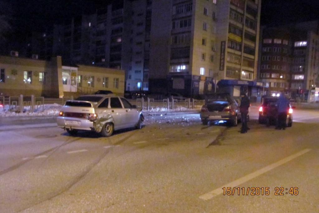 На улице Малыгина столкнулись автомобили «Дэу» и «Лада» из-за нарушения очередности проезда  водителя «Дэу»