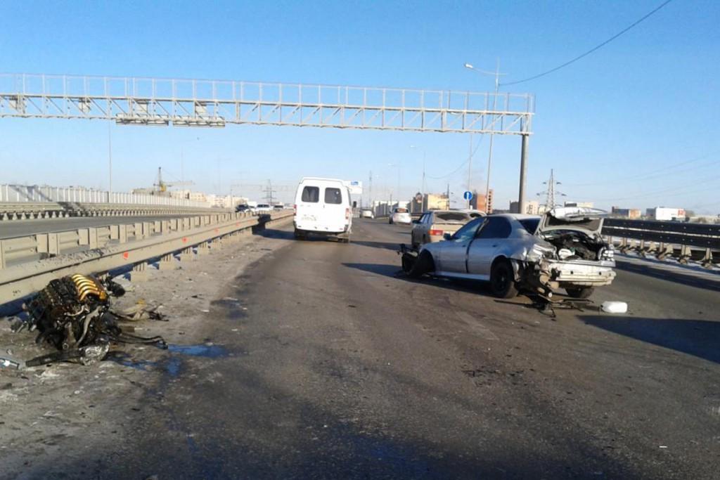 23-летний водитель на «БМВ» въехал в ограждение путепровода по ул.Монтажников
