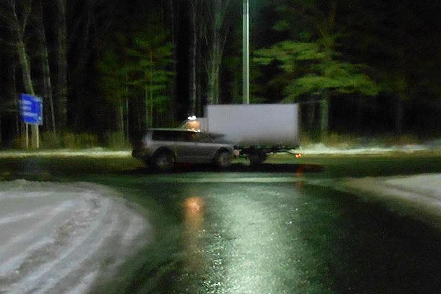 На 22-м километре автодороги Тюмень – Омск в Тюменском районе столкнулись грузовая «Газель» и внедорожник «Мицубиси»