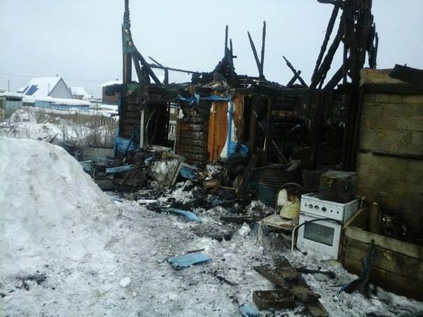 В пожаре погибли все документы на дом и теперь чиновники издеваются над людьми, отправляя их в недельные очереди за справками