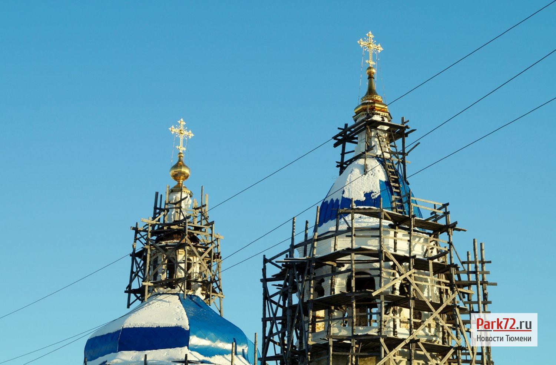 Рождественская церковь в подгорной части Тобольска уже много лет стоит в лесах_result