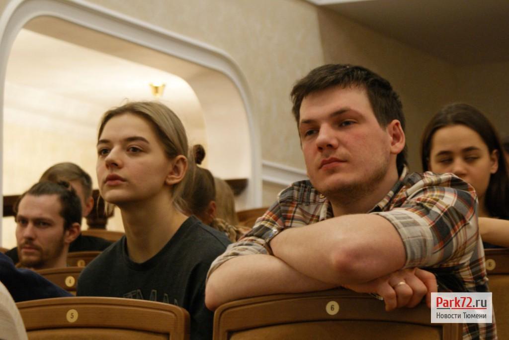 """Большая часть зрителей импровизированной """"премьеры"""" - будущие режиссеры из ТГАКИ"""