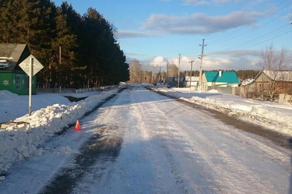 Две 15-летние девочки сбиты «Жигулями» шестой модели в селе Мияссы Нижнетавдинского района в полдень 27 февраля