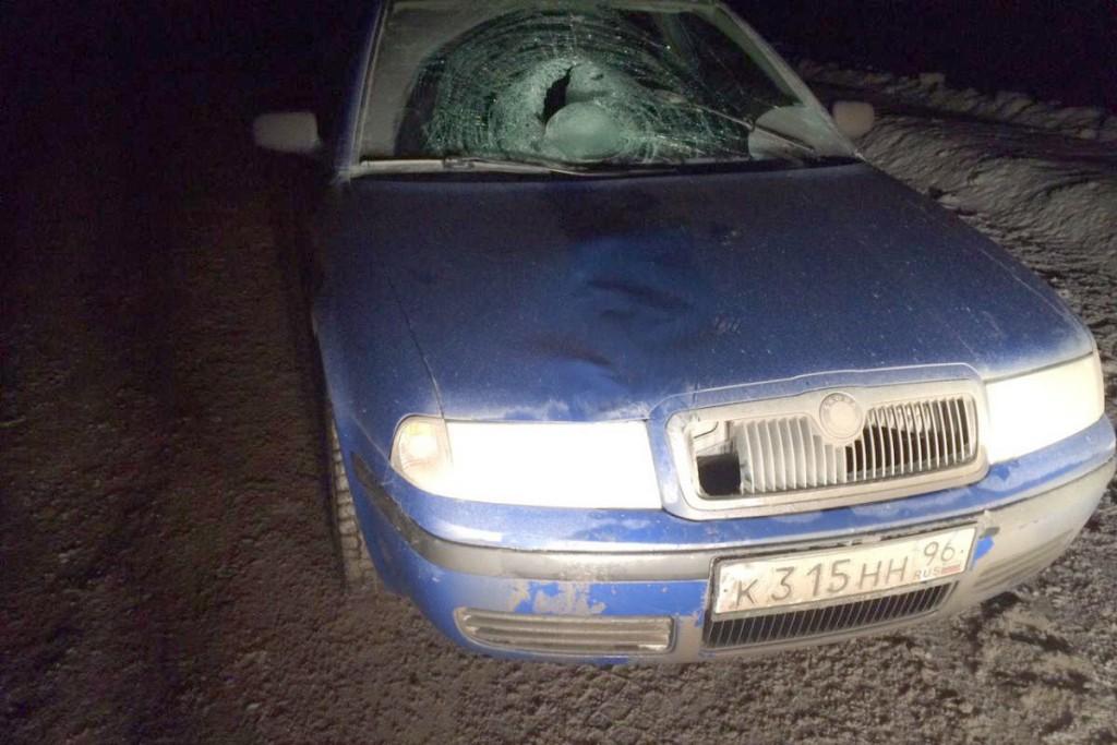 Автомобилем «Шкода» на 477-м километре автодороги Тюмень-Ханты-Мансийск сбит 52-летний пешеход, который находился на проезжей части без цели перехода