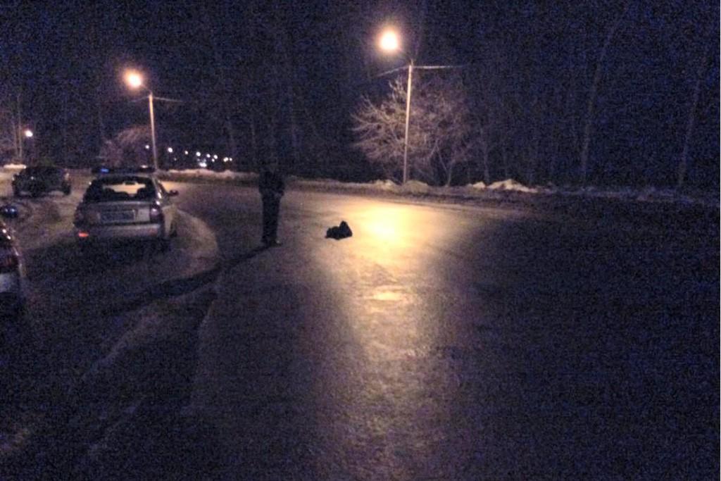 Выясняются подробности наезда на 48-летнего пешехода, который произошел в девятом часу вечера на 3-м километре автодороги Ялуторовск-Ярково