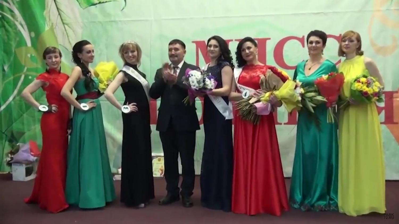 Алтынов с финалистками