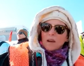 Виктория Макфарлайн, любительница зимнего плавания из Англии