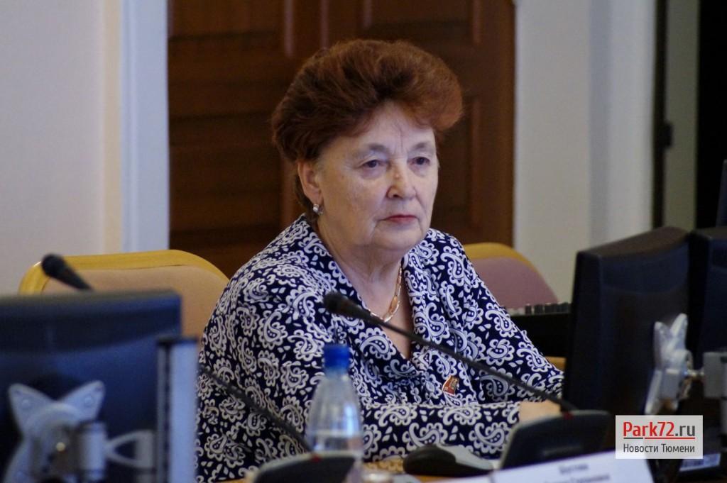 Лидер тюменских коммунистов Тамара Казанцева была очень активна и задала несколько неудобных вопросов_result