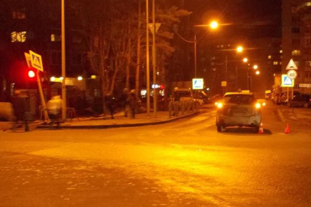 В Тюмени в восьмом часу вечера на ул.Московский тракт, 143 столкнулись «Мазда» и «Тойота»