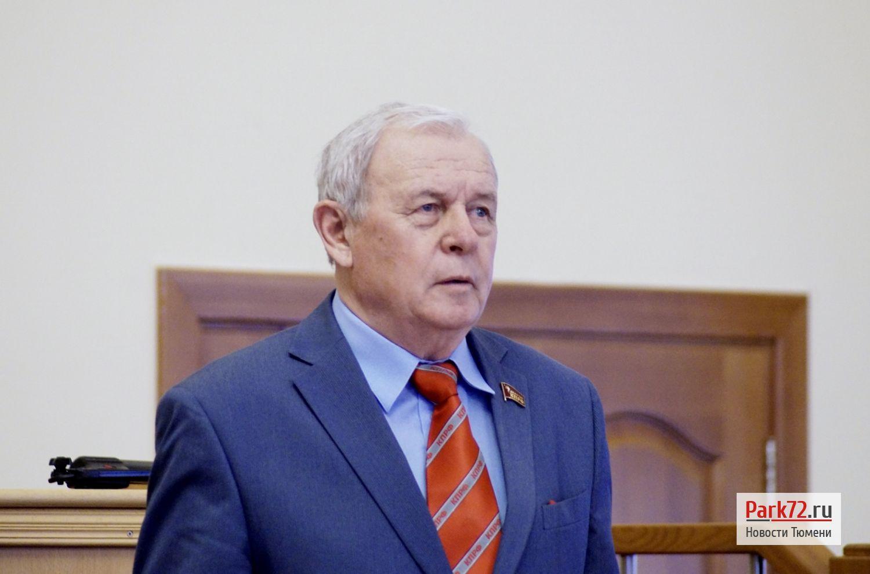 Владимир Чертищев остался без машин, но и зарплату вице-спикера ему еще не назначили_result