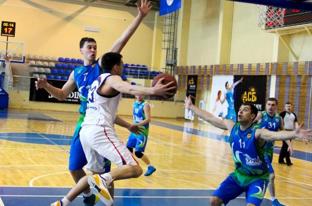 Студенчекий баскетбол