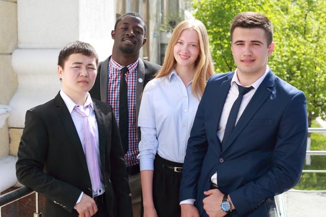Студенты ТИУ. Фото Анны Черепковой