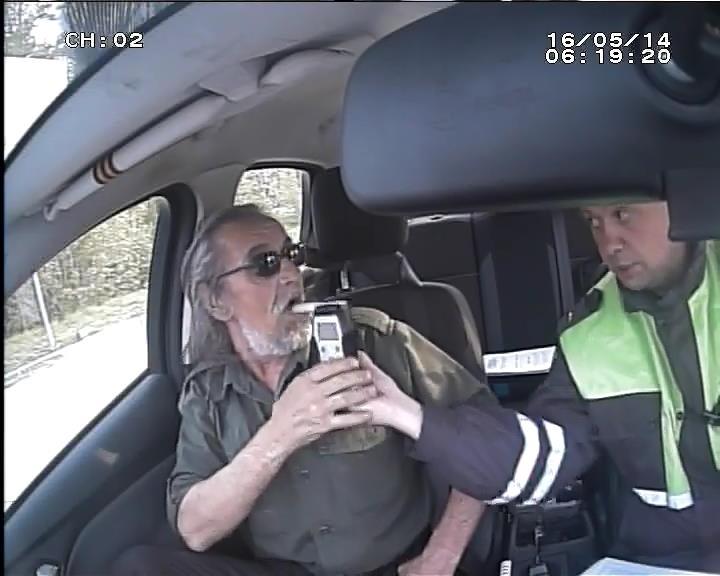 Таксист нетрезвый (1)