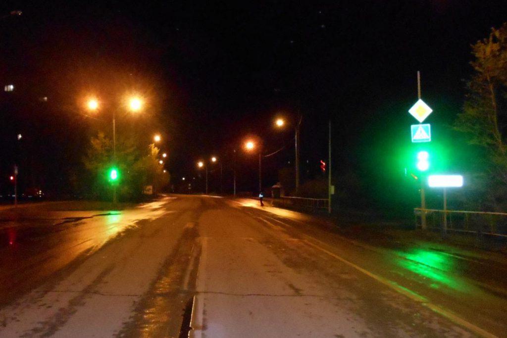 ГИБДД выясняет обстоятельства наезда на пешехода в Тюмени вчера около девяти часов вечера, на ул.Ватутина,18.
