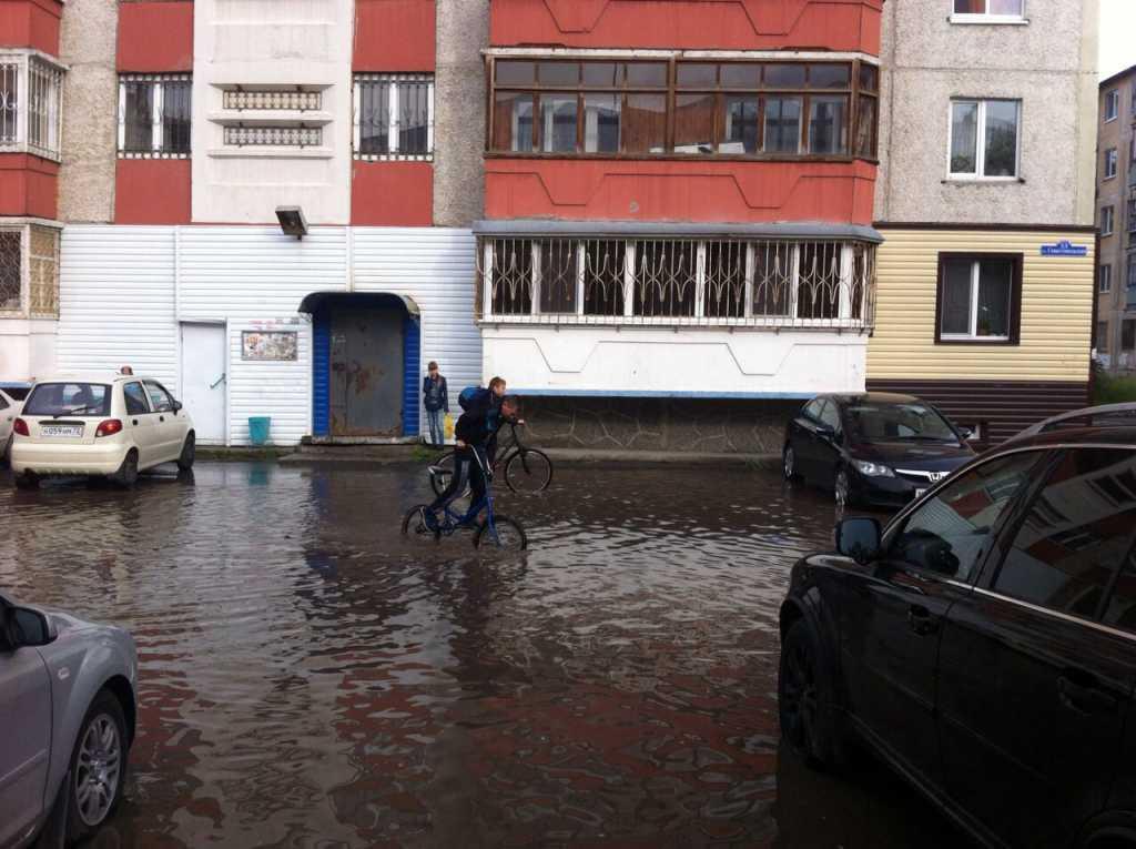 Севастопольская, 33 - 2. Спустя дваа дня после дождливых выходных