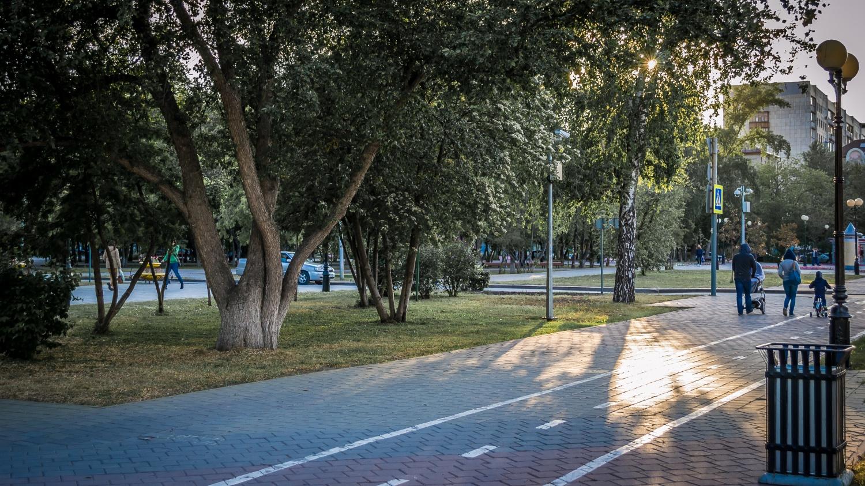 Текутьевский бульвар. Здесь было захоронение К. П. Чакина, главного тюменского архитектора нач. ХХ века. Май 2016
