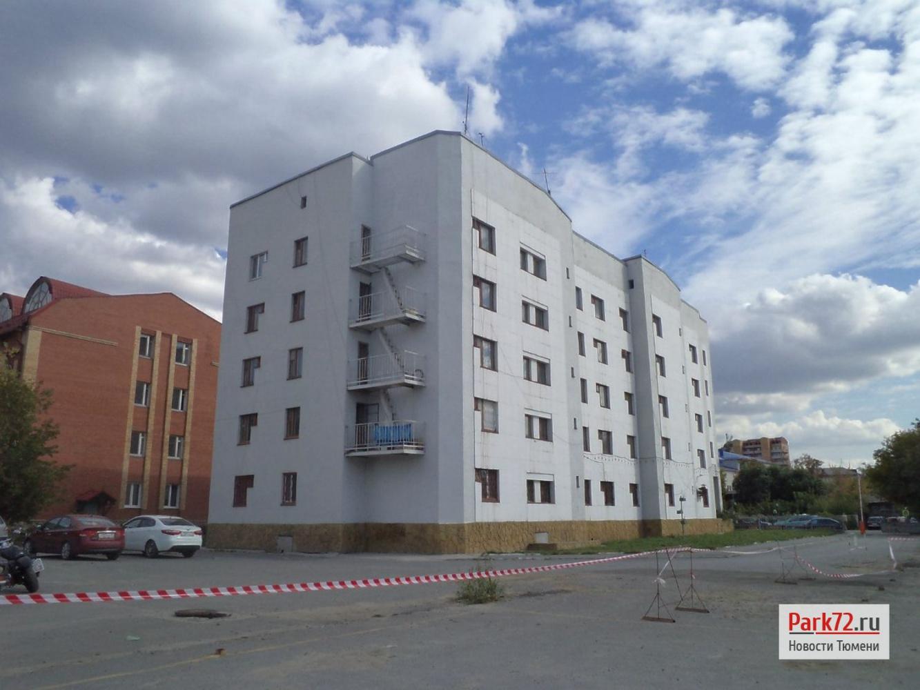 3 Одинокое здание общежития ТюмГУ №5 на Красина, 19 дополнится комплексом построек в логу_result