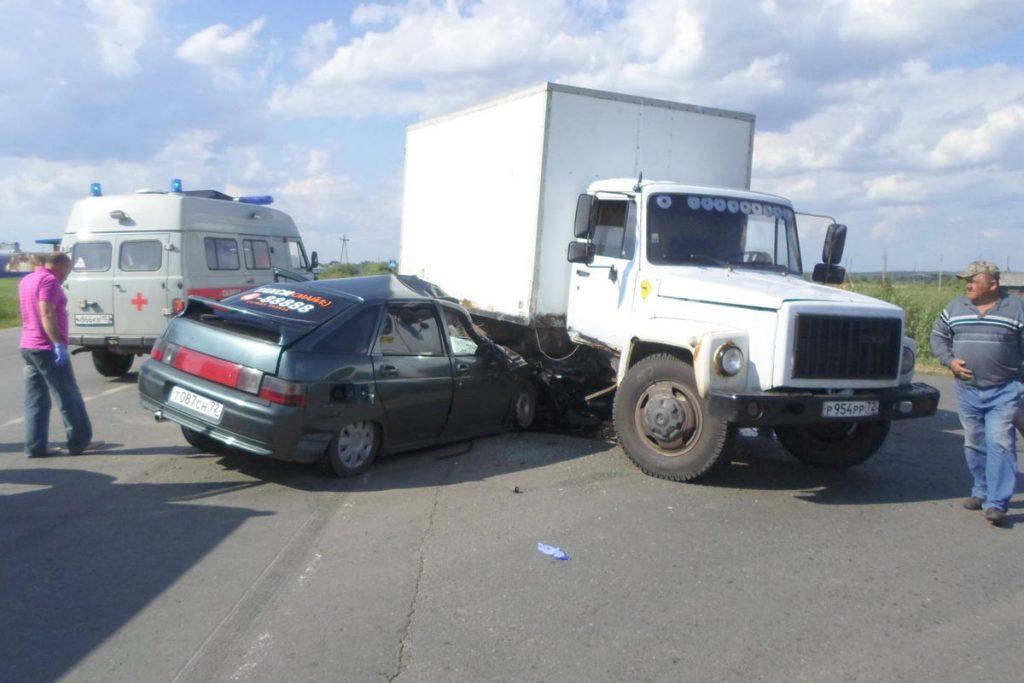 Трагедия произошла днем в Голышмановском районе