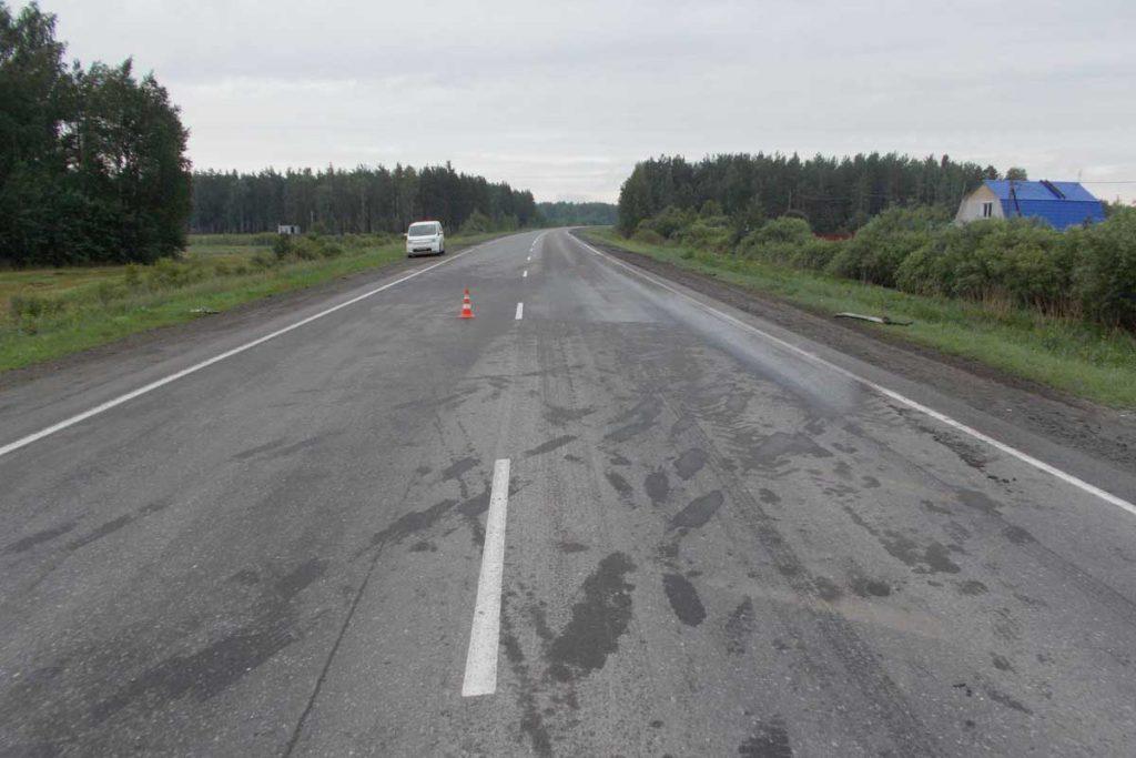 Шесть человек пострадали в столкновении автомобилей «Опель Астра», «Тойота - Королла» и «Ман», произошедшем в одиннадцатом часу вечера на 18-ом километре автодороги Тюмень – Боровский - Богандинский