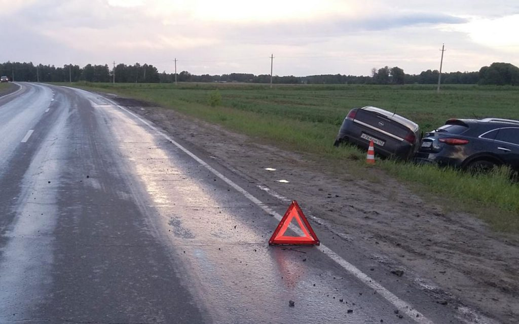 4 человека пострадали в аварии на 28-м километре автодороги Тюмень-Каменка