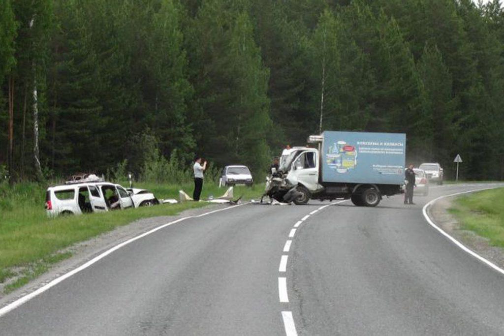 Трагедия случилась вчера в восьмом часу утра на 97-м километре автодороги Ярково-Ялуторовск