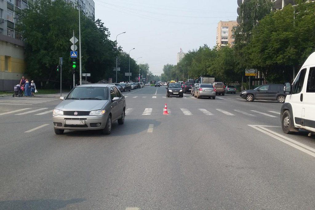В половине девятого часа утра на пешеходном переходе на пересечении улиц Профсоюзной и Елецкой автомобиль «Фиат» сбил 83-летнюю женщину