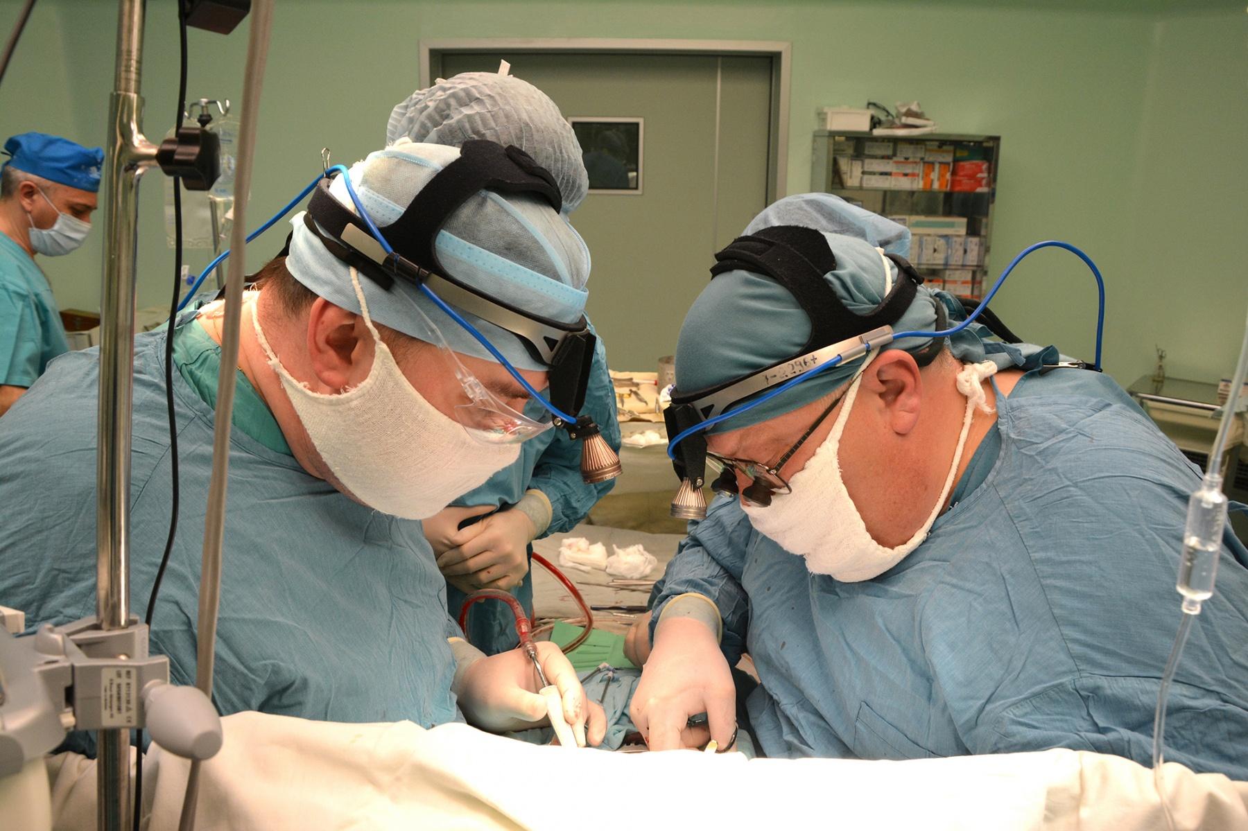 Первую в РФ: ВТюмени провели неповторимую операцию надетском сердце