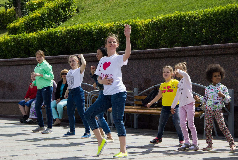 Танцы на набережной