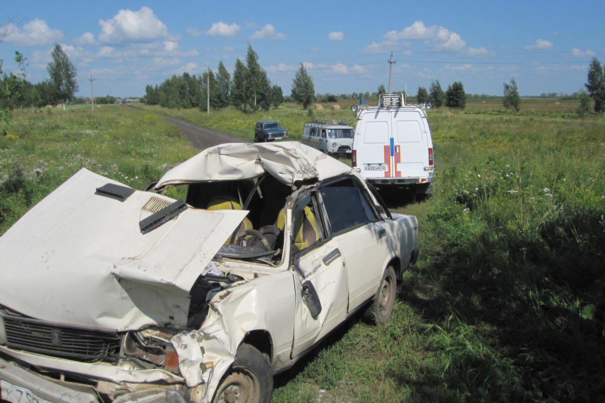 ВТюменской области вДТП умер шофёр без прав