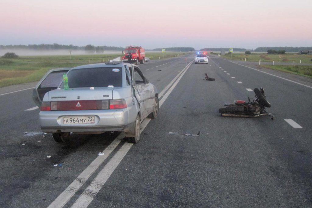 4 человека пострадали в ДТП, произошедшем около трех часов ночи сегодня, 5 августа, на 271-м километре автодороги Тюмень – Омск в Ишимском районе