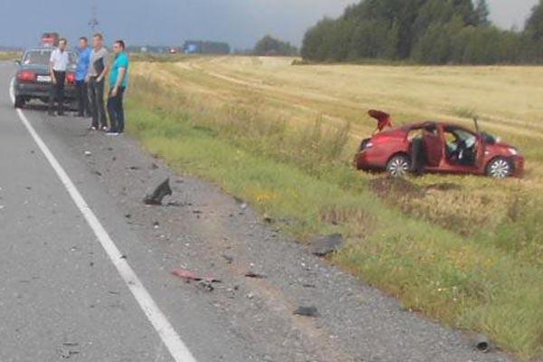 6 человек пострадали в дорожной аварии на 19-м километре автодороги Ялуторовск - Ярково, случившейся вчера в седьмом часу утра