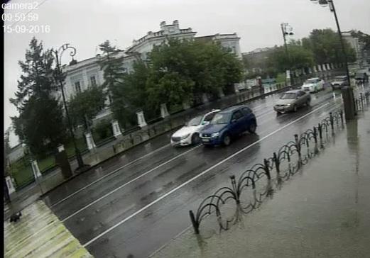 Шофёр тюменского автобуса сбил пешехода назебре