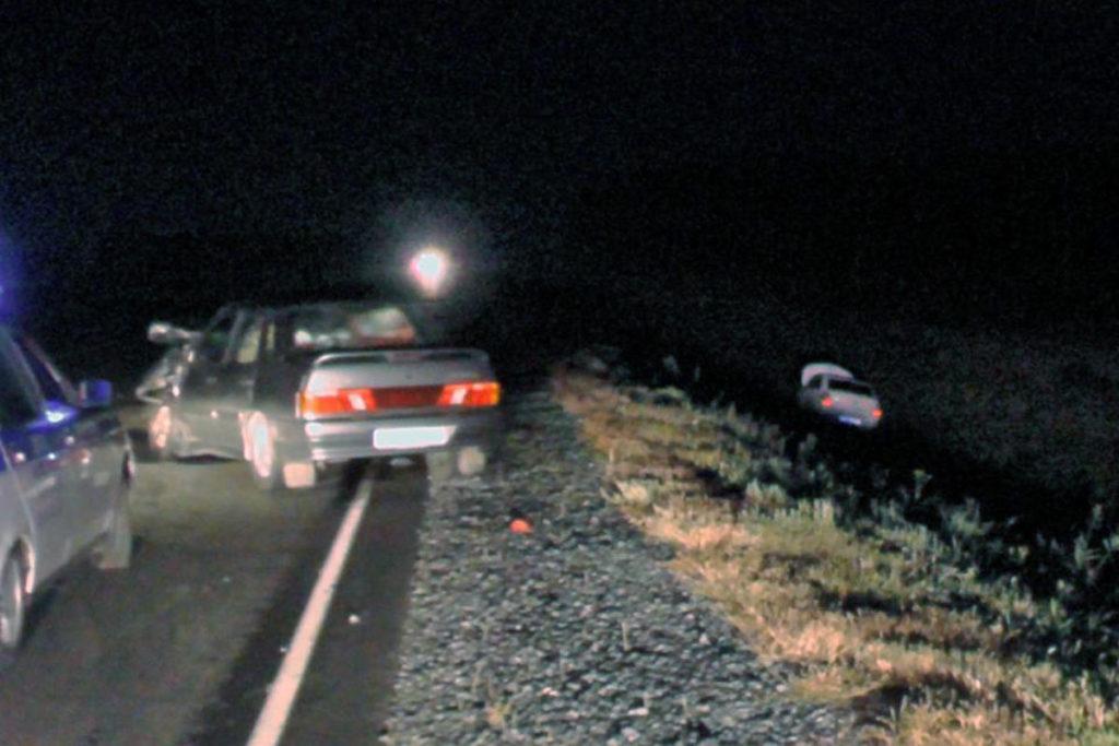 На 110-м километре автодороги Курган-Тюмень столкнулись «Лада» 15-й модели и «Шевроле»