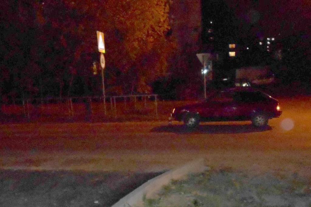 На улице Олимпийской, 35 автомобиль ВАЗ-2108 наехал на двух несовершеннолетних пешеходов