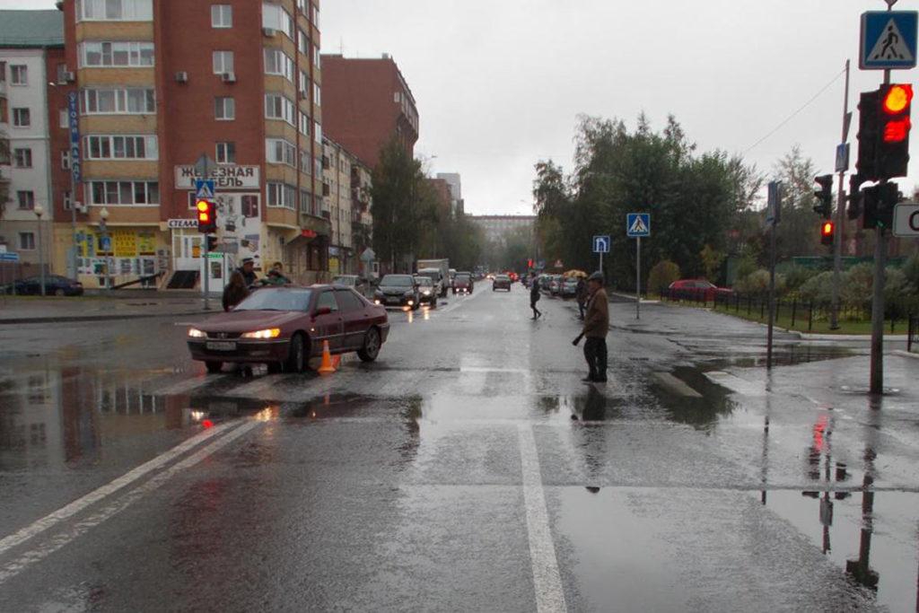 80-летний тюменец сбит автомобилем «Пежо» на пешеходном переходе на ул.Тульской, 12