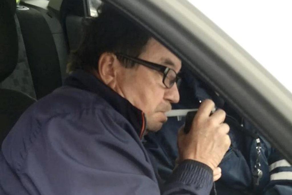 Инцидент произошел накануне рано утром на улице Монтажников областного центра. Водитель автомобиля «Мицубиси Кольт» не справился с управлением, вследствие чего иномарка въехала в металлическое ограждение у пешеходного перехода