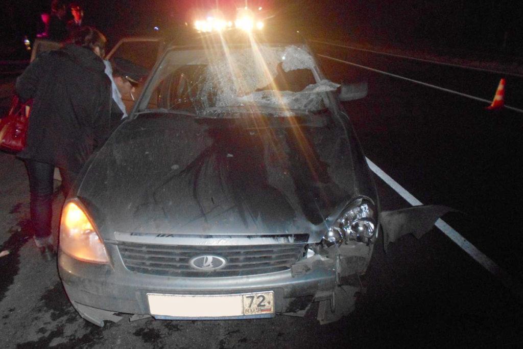 В пятницу  около девяти часов вечера на 181-м километре автодороги Курган-Тюмень автомобилем «Лада Приора» сбит 35-летний пешеход
