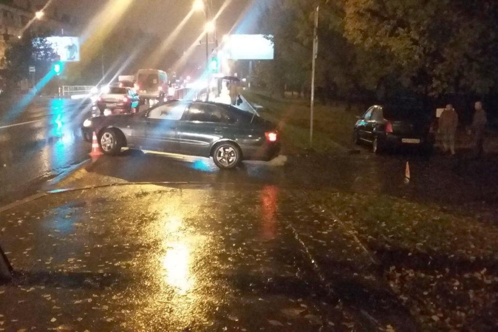 На улице Червишевский тракт у дома №29 в 19 часов 20 минут автомобиль «Тойота» сбил женщину 55-ти лет
