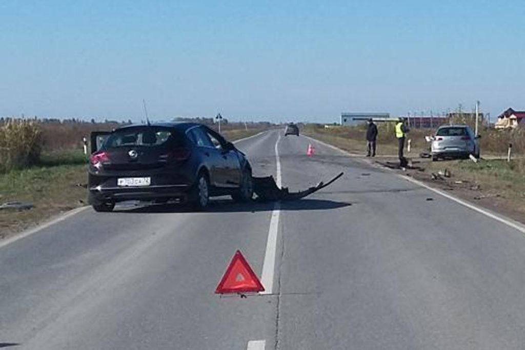 3 человека пострадали в ДТП на 24-м километре автодороги Тюмень-Криводаново