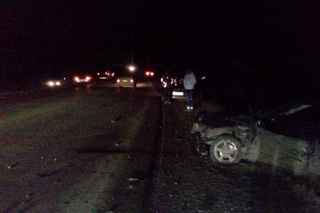 В шесть часов вечера на объездной дороге города Заводоуковска столкнулись автомобили «Киа Пиканто», «Киа Сид» и «Лада Приора»