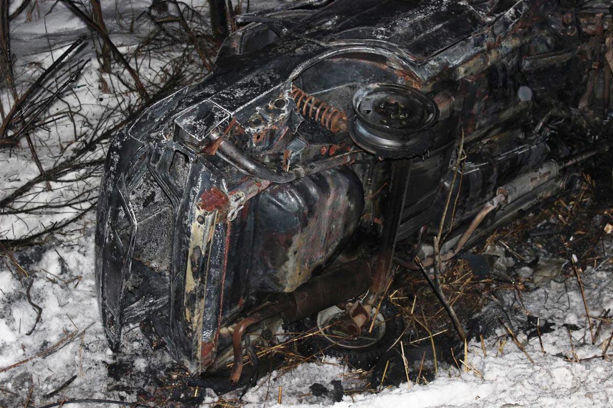 НаТюменской трассе ребенок живьем сгорел вотцовской машине