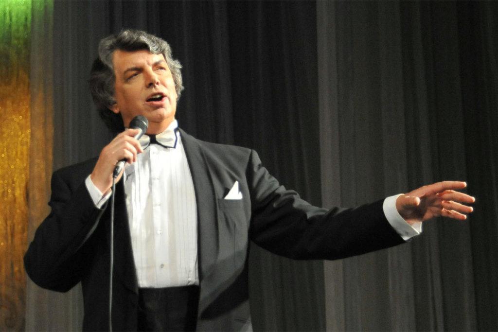 Народный артист России Сергей Захаров