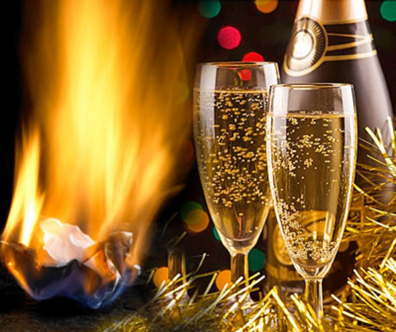 Как правильно загадать желание на новый год с шампанским