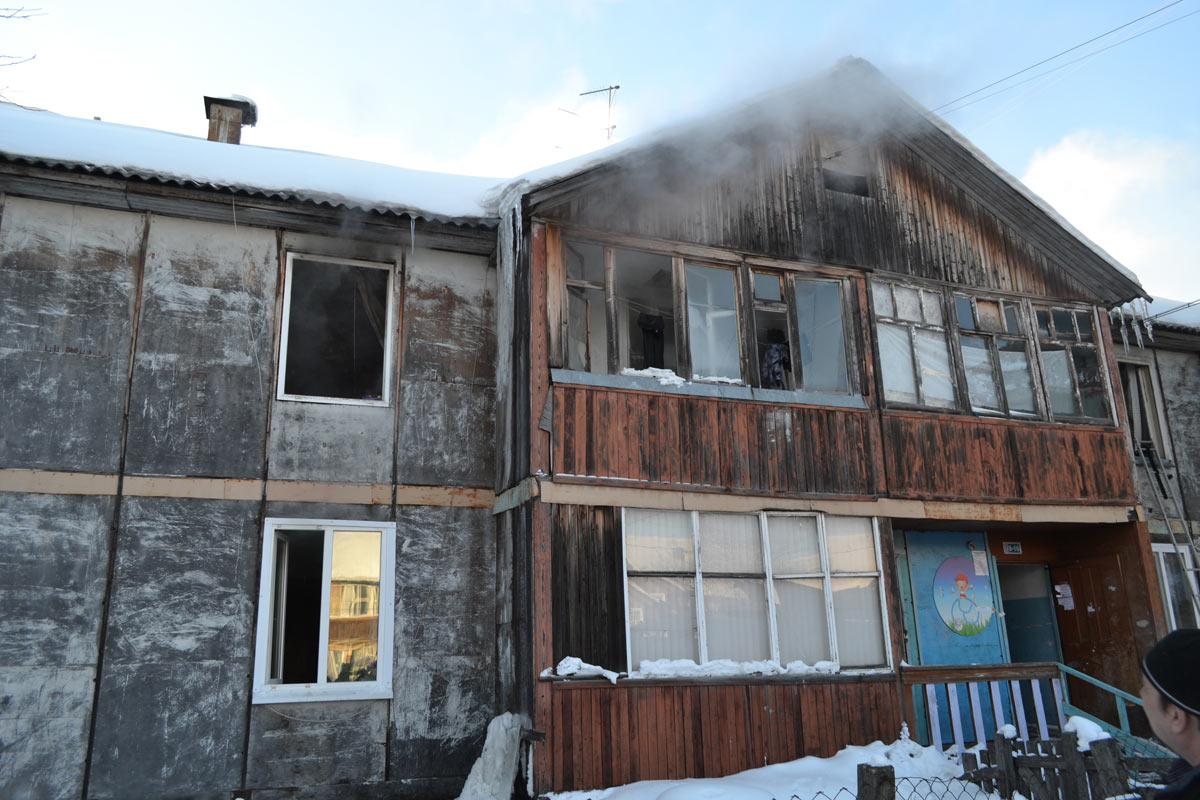 Пожарные эвакуировали как минимум 15 человек напожаре поадресу улица Камчатская 107